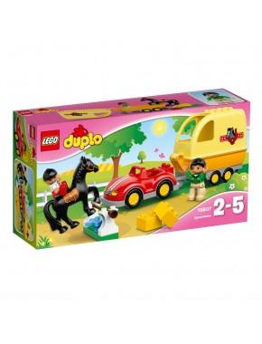 Конструктор LEGO DUPLO Трейлер для лошадок (10807)